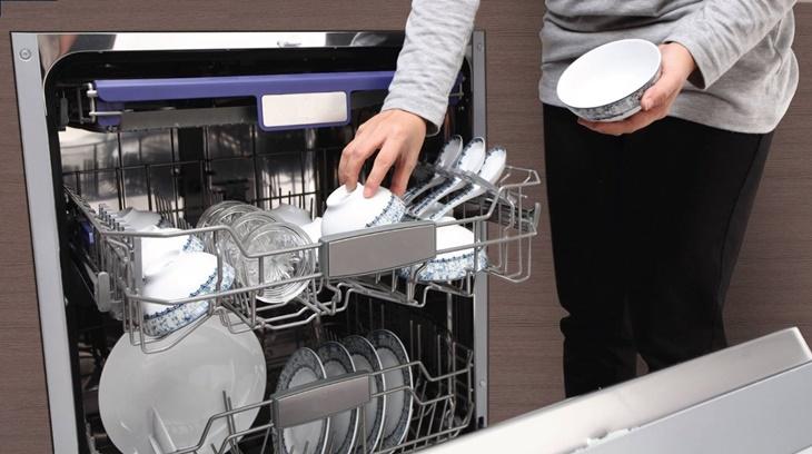 máy rửa bát sạch và khủ mọi vi khuẩn